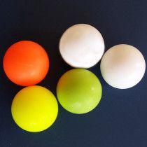 FAS Tafelvoetbal ballen 3 gekleurd en 2 wit